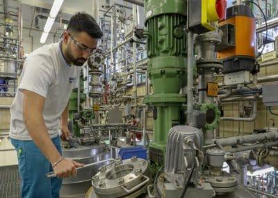 Chance Industrie: Kalle Albert Bereich Chemikant/ Chemielaborant. Ausbildungsberuf Chemiekant